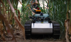 University of Delaware robot captures imaging of root systems