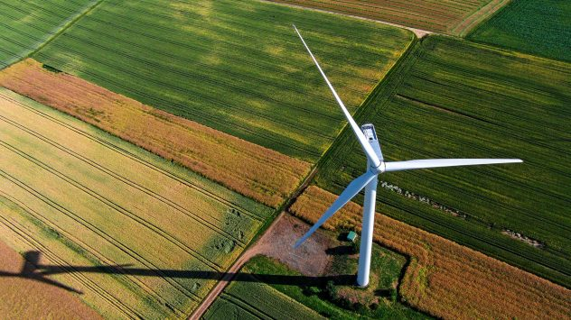 wind-turbine-climate-farms
